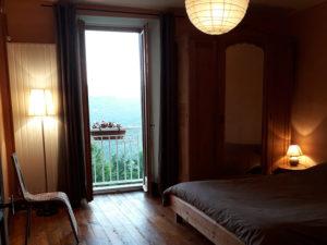 Ferme Rosane | Chambres d'hôtes Ariège Pyrénées - Chambre ocre